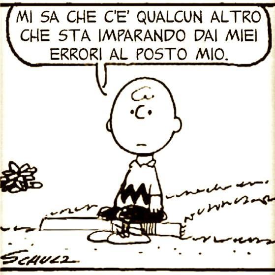 Charlie Brown seduto